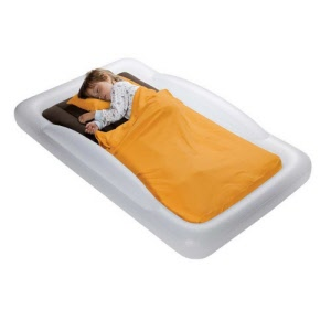 the-shrunks-indoor-toddler-travel-bed-2_20160301125234